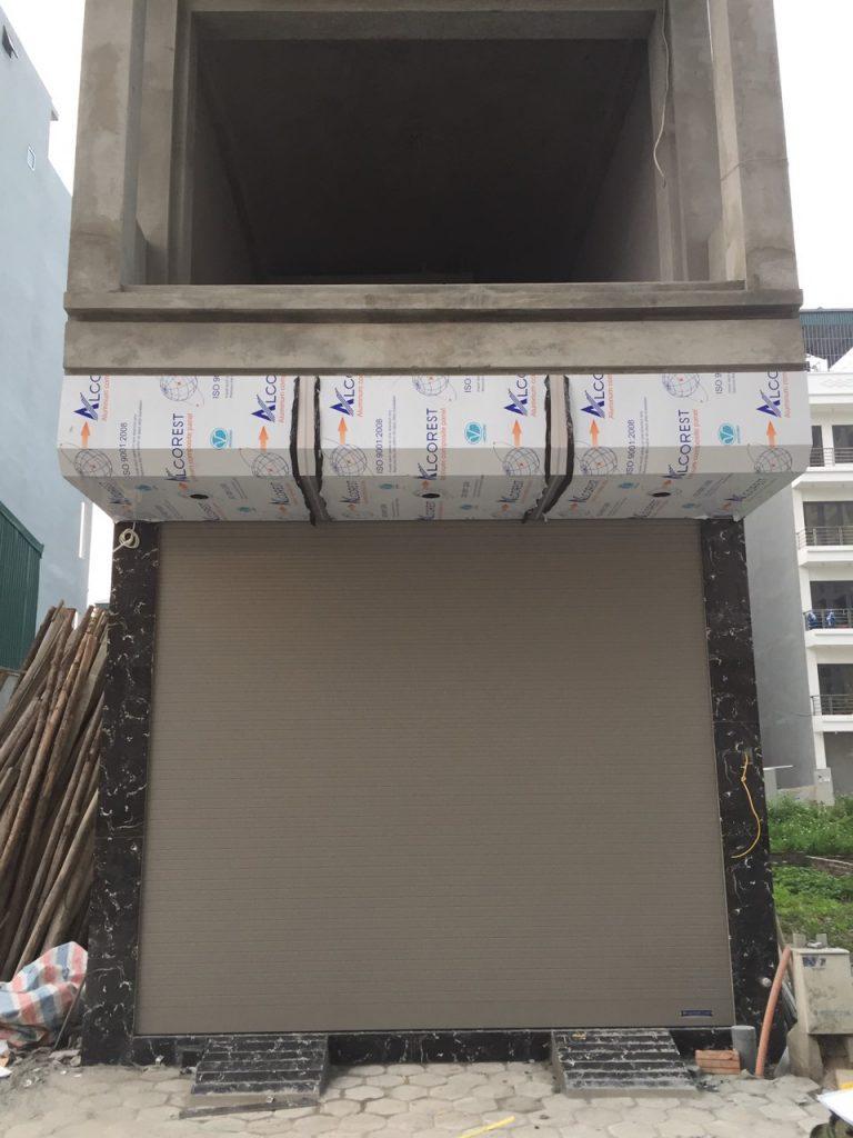 Công trình cửa cuốn khe thoáng S52i cho khách hàng