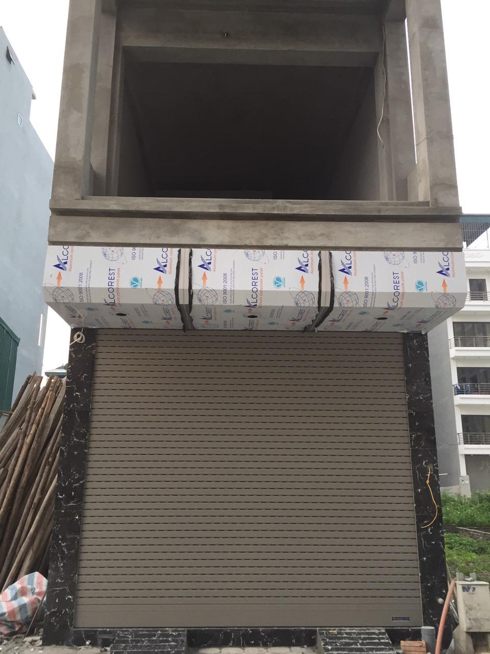 Công trình cửa cuốn khe thoáng anh Hưng Hà Nội